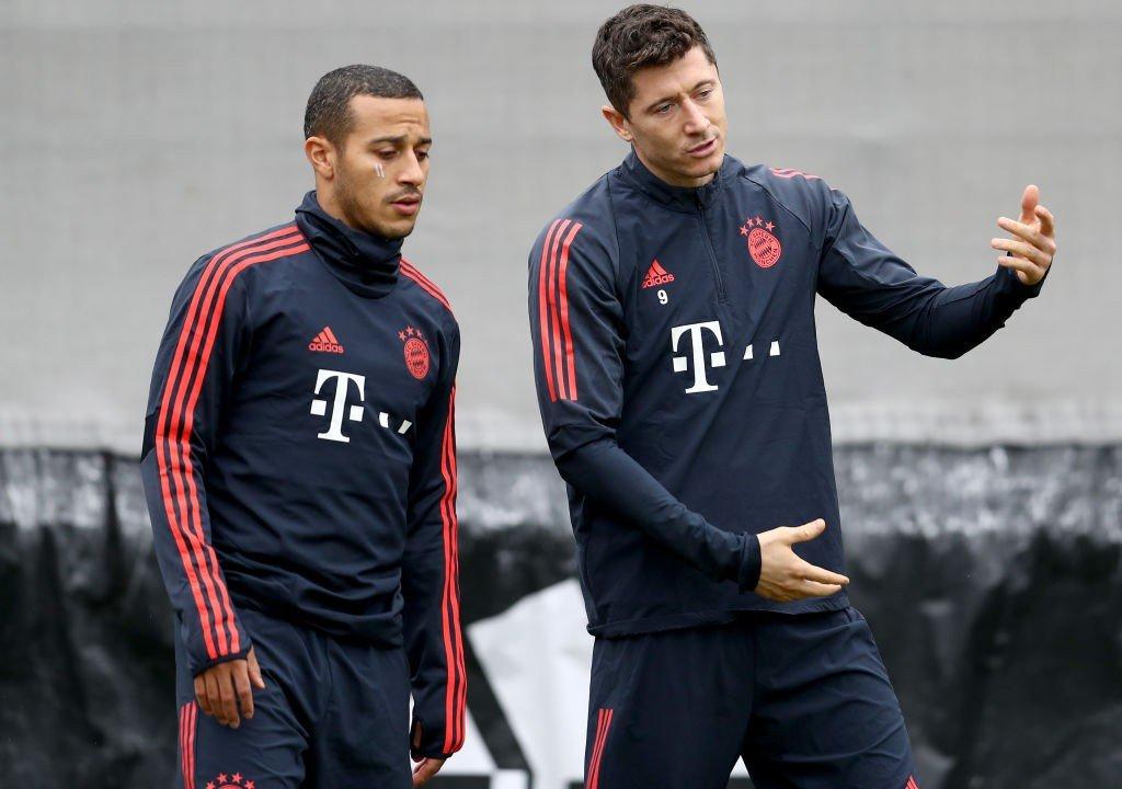 Thiago und Robert Lewandowski