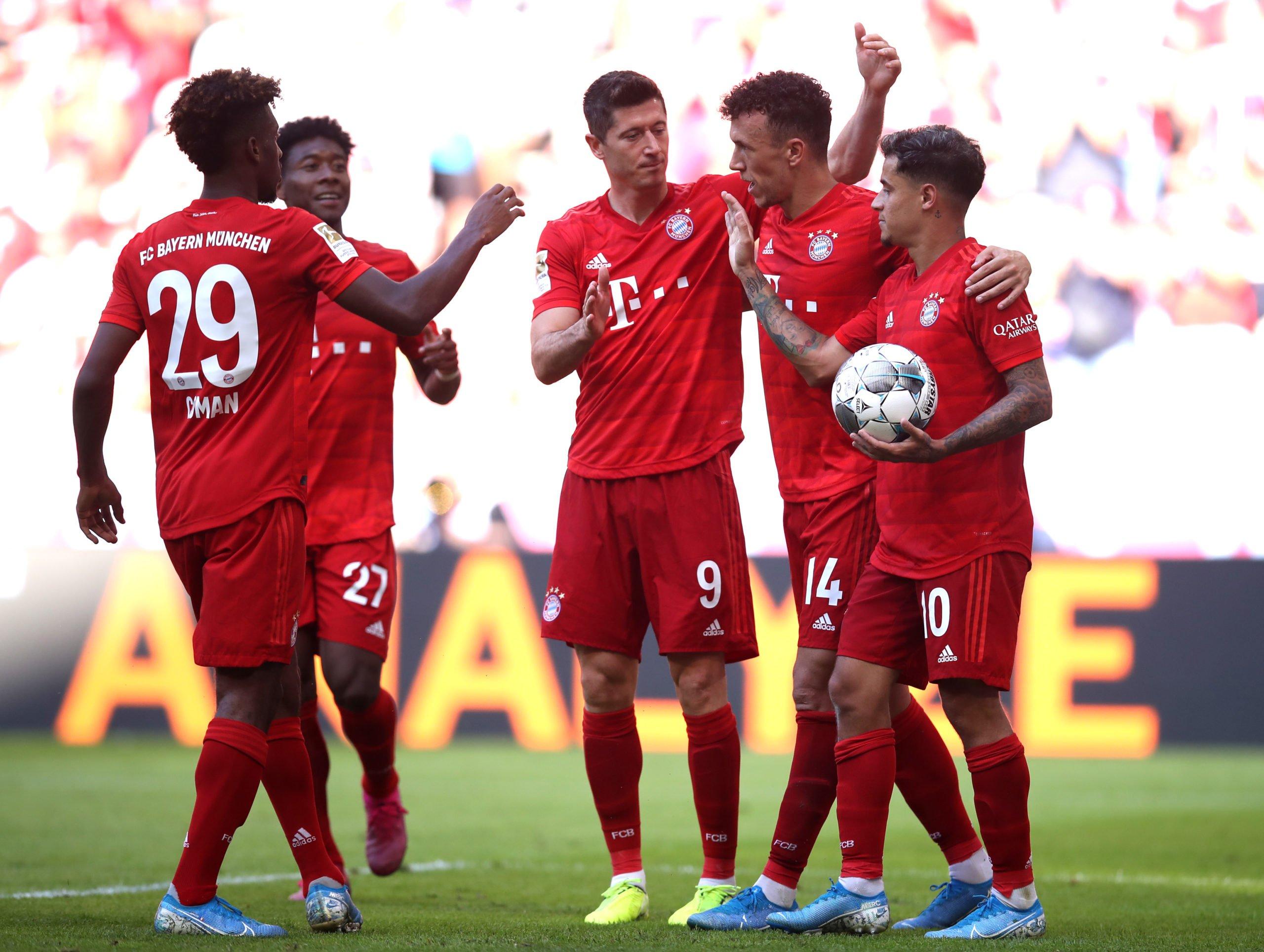 Fc Bayern Munchen Triple Feier Marienplatz Vorstellung Des Teams
