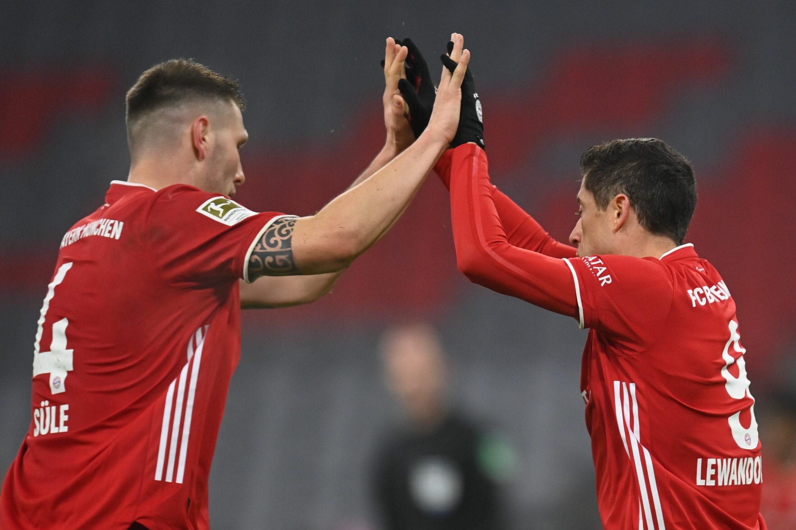 Niklas Süle und Robert Lewandowski