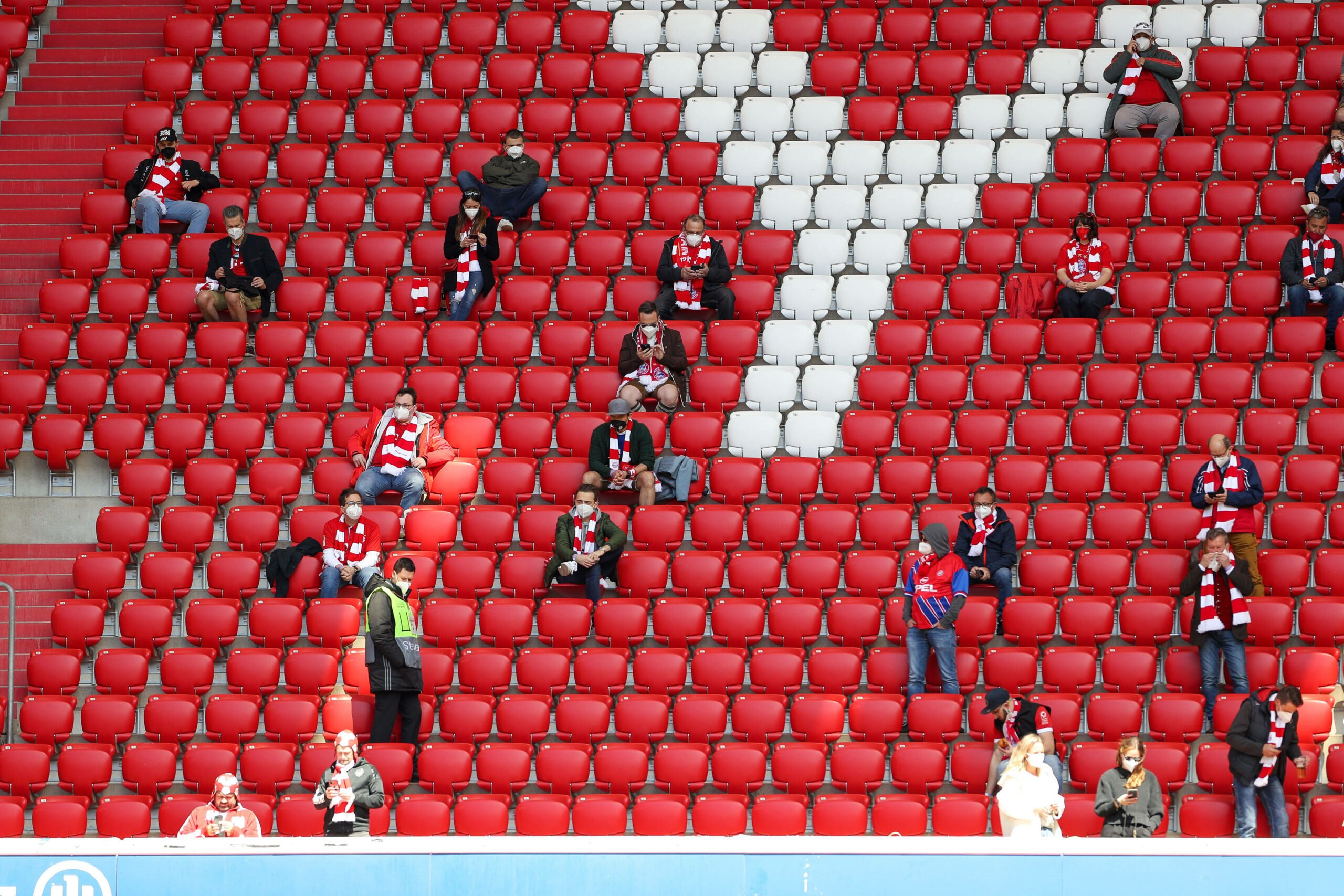 FC Bayern Fans in der Allianz Arena