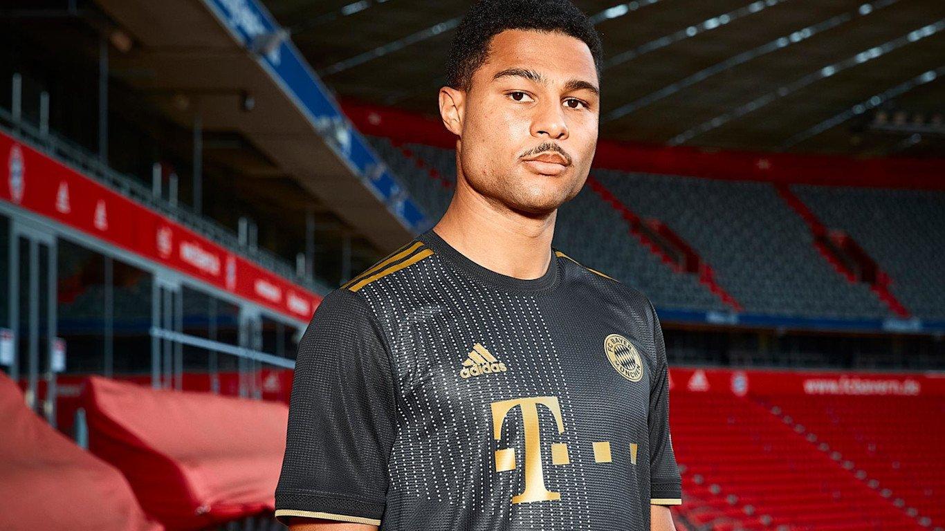 FC Bayern Auswärtstrikot 2021/22